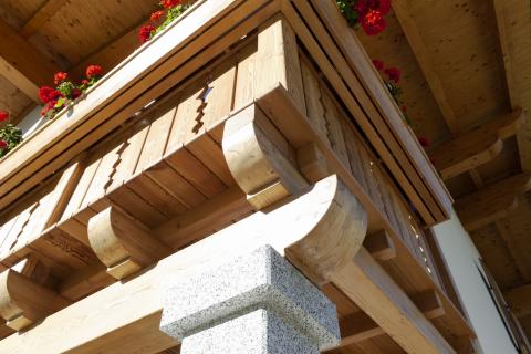 Balcone con fioriera