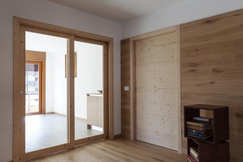 Porte interne scorrevoli legno e vetro